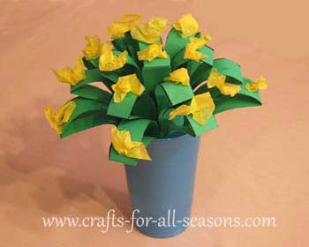 Mothers Day Crafts Make A Cute Batch Of Paper Flowers For Mom