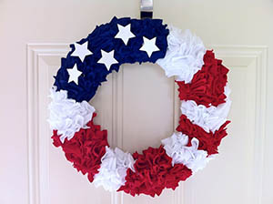 Patriotic wreath: 4th of July crafts